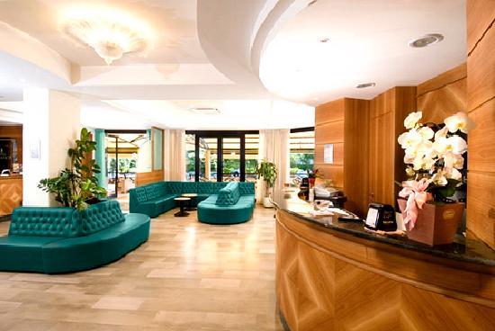 hall-dell-hotel-turistica