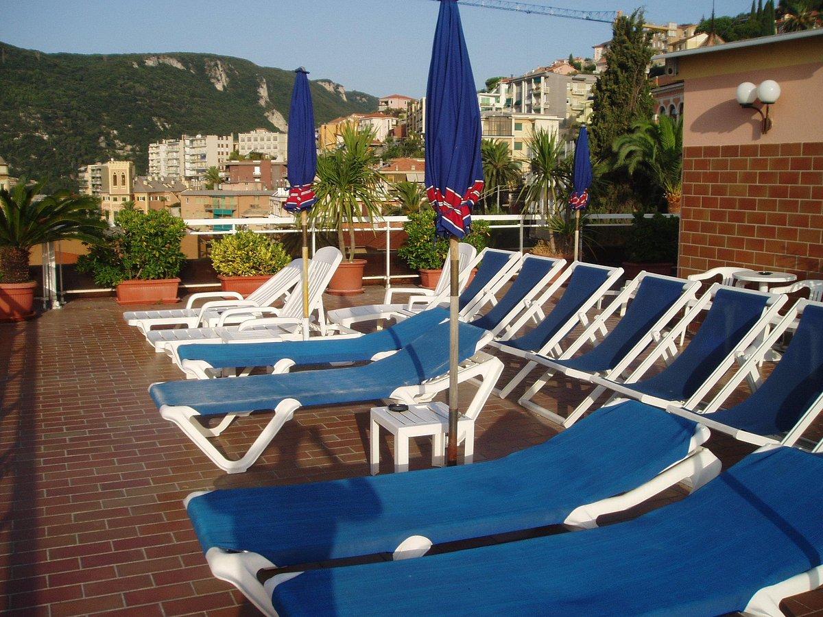 hotel-careni (1)