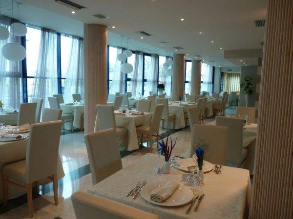 hotel-residenza-il-lido-cesenatico-ristorante