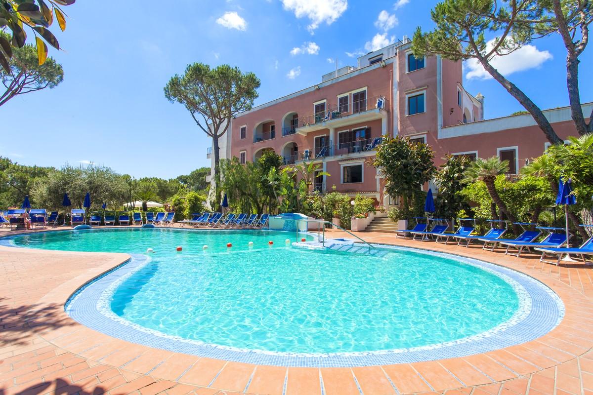piscine-ischia-hotel-san-valentino-01-1200x800